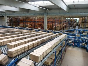 conveyor system moving boxes
